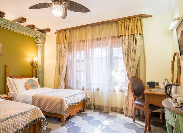 Heritage Standard Room
